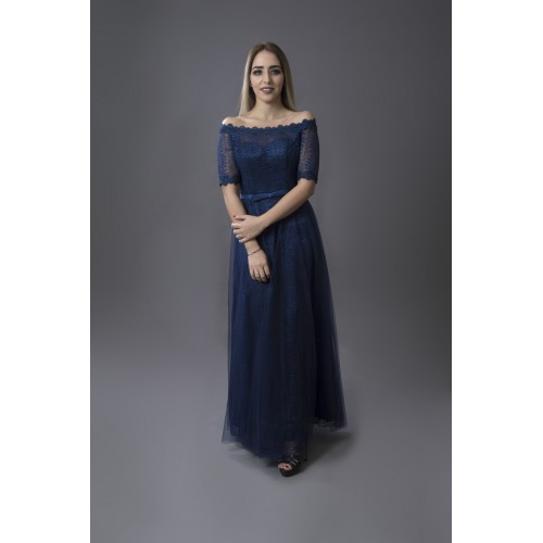 فستان باكمام الدانتيل