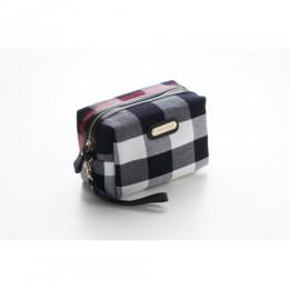 حقيبة مكياج بربري